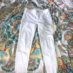 White American eagle next level stretch jeggings